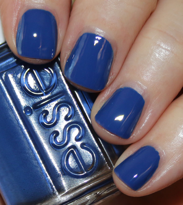 Essie All The Wave