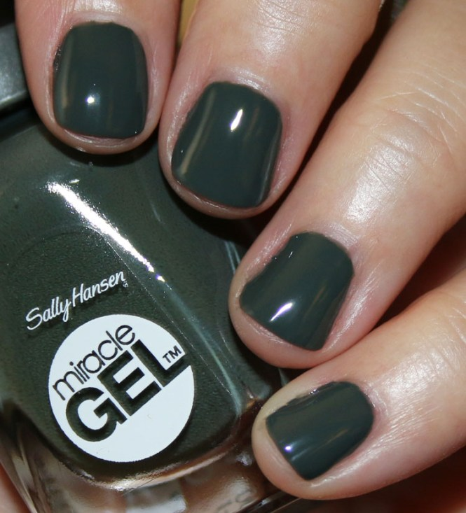 Safe Easy To Use Gel Manicure At Home
