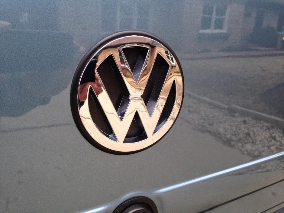 Camper Wiring Harness Replacing The Rear Hatch Emblem Vanagon Hacks Amp Mods