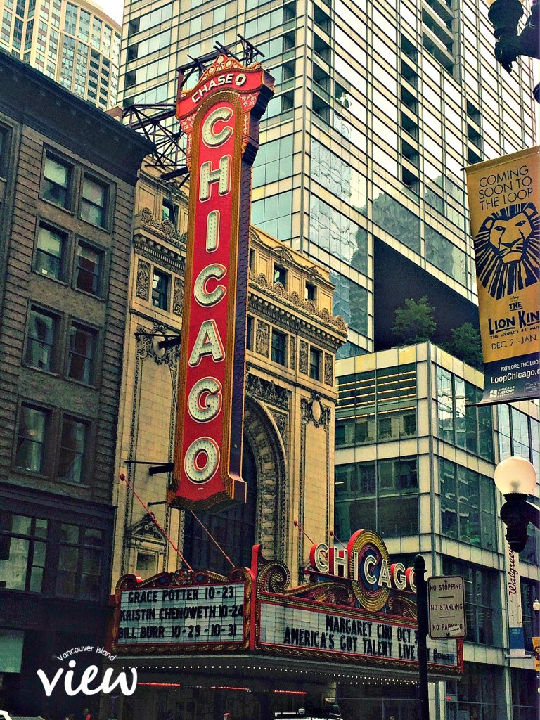 Chicago Theater - Chicago is most definitely a place not to be missed. Here are some great tips on seeing the best of the best in the Windy City.