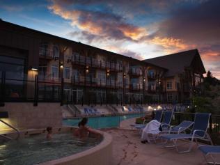 resort_hot_tubs__large