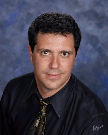 Dr Ethan Sperry will be the first in the Chor Leoni online series.