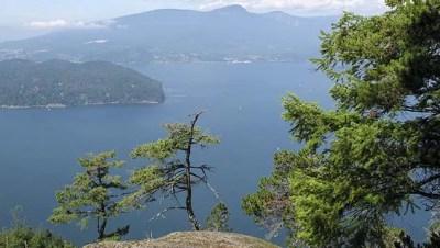 Mount Gardner hiking on Bowen Island, BC | Vancouver Trails