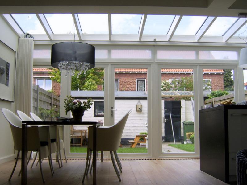 Veranda met glazen dak  H Van Den Bergh Essen