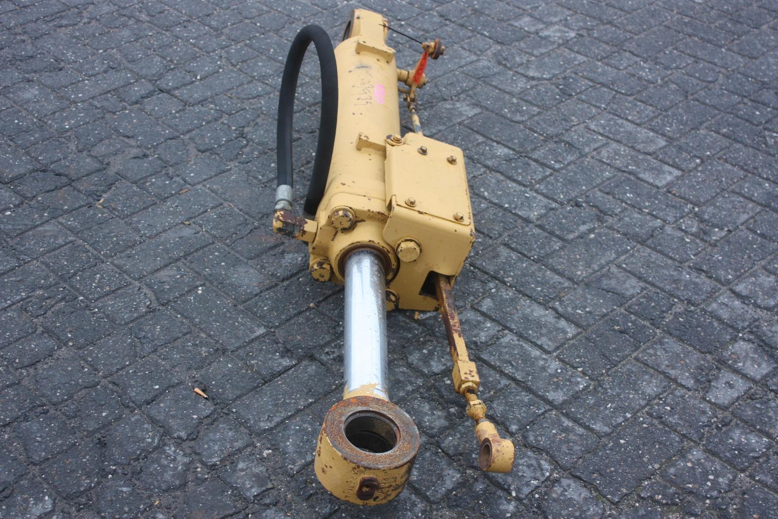 Engine Cylinder 6 Caterpillar Loader