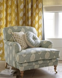 Traditional country armchairs | Upholstered chairs ...