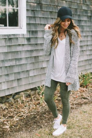 deb986892e9 10 Cardigan Outfits to Inspire Your Fall Style and Where to Buy Them ...