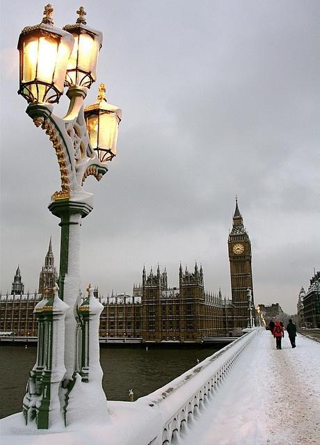 Snow Dusk, London, England