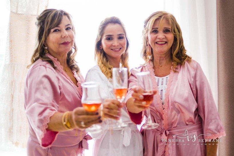 011 vanessa serrani destination wedding planner preparacion novia damas de honor bride preparation bridesmaids wedding in sitges 1