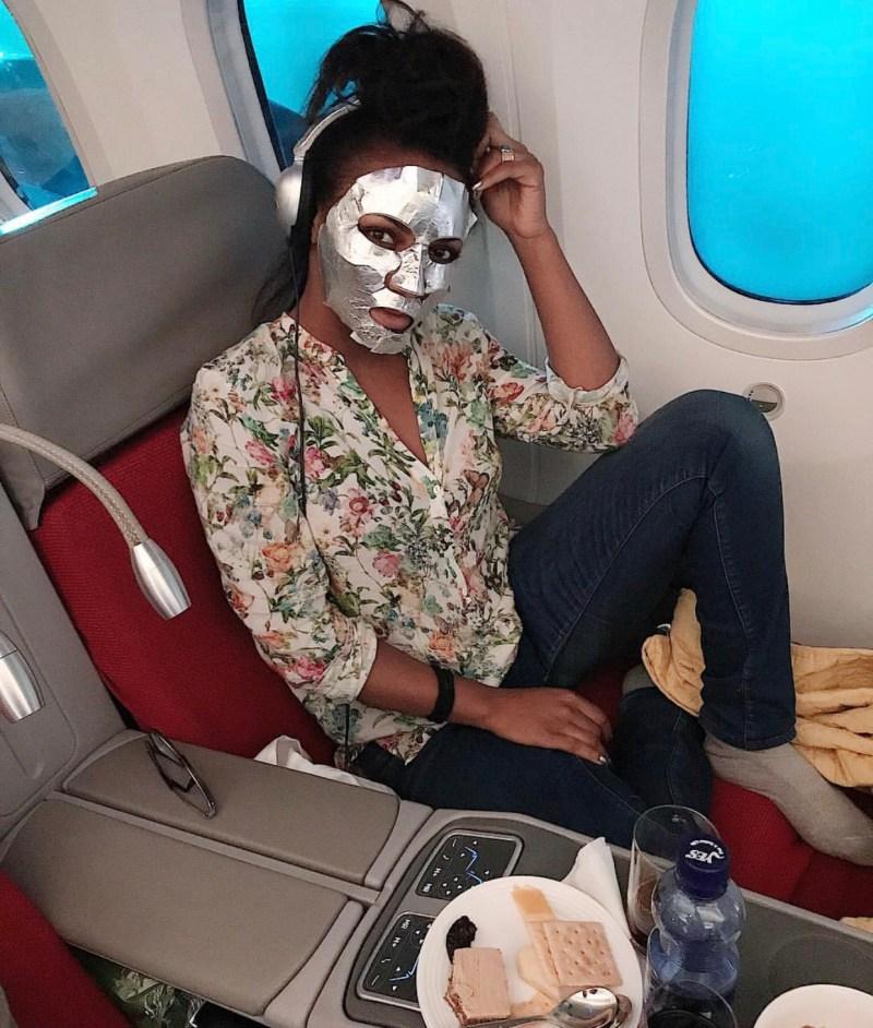 Dans l'avion avec le Advanced Night Repair Masque enveloppant concentré réparateur by ESTÉE LAUDER Advanced Night Repair Masque enveloppant concentré réparateur