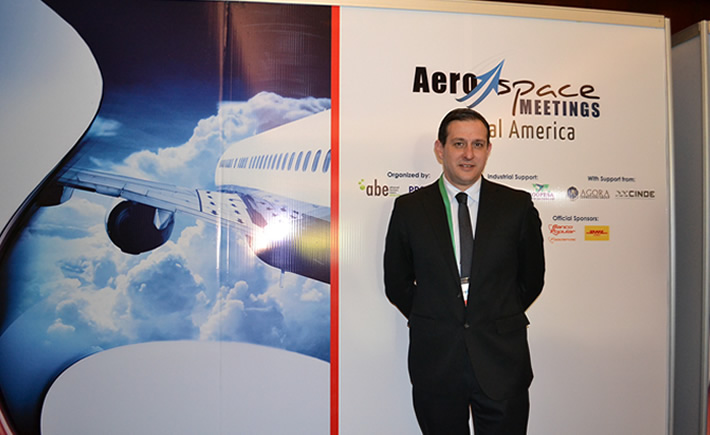 Stephane Castet, director General de BCI Aerospace, afirma que por la ubicación geográfica de Costa Rica, este país centroamericano  está considerado para los planes de expansión de compañías trasnacionales de aeroespacial. (Foto: VI).