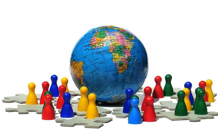 Con este esquema llamado también Universal, se dará mayor énfasis a la calidad y a la especialidad, en el sentido de que cada puesto en la organización o empresa tenga funciones específicas para tomar decisiones desde su función de trabajo: BSI Group. (Foto: SXC)