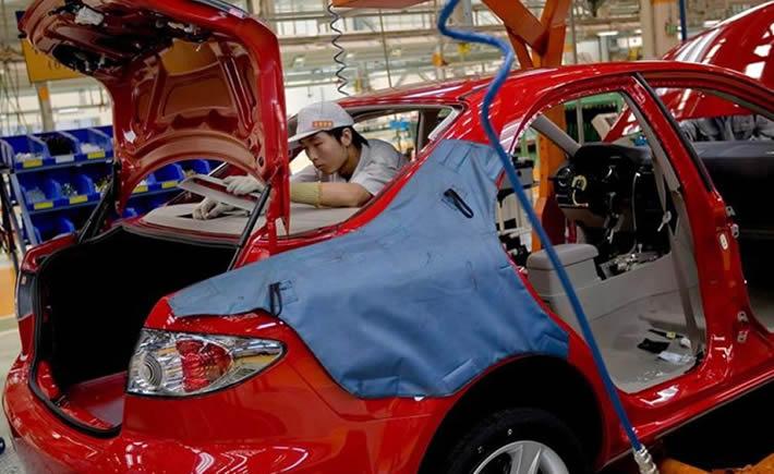 En el mes de febrero las ventas en el mercado interno crecieron 22.0% comparado con febrero de 2014, ya que se comercializaron 97,558 vehículos. (Foto: Mazda)