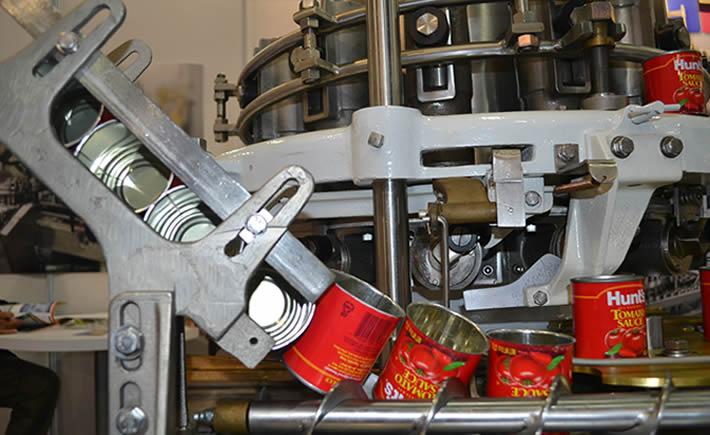 La selección, preparación, empaque y enlatado de alimentos son algunos de los rubros que mayores montos de insumos nacionales consumen. (Foto: VI)