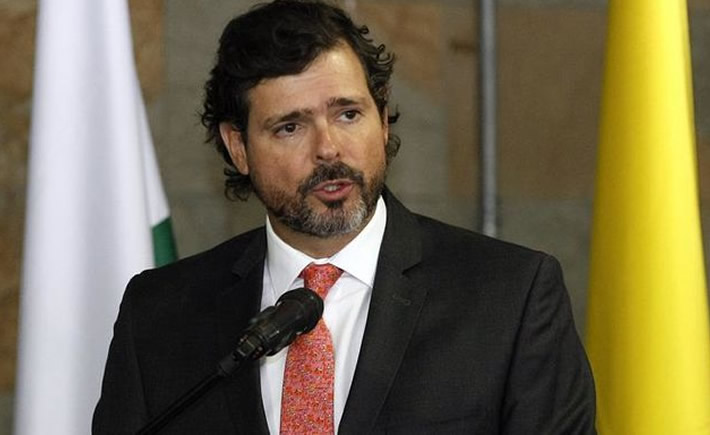 Presidente ejecutivo de Inexmoda, Carlos Eduardo Botero Hoyos. (Fuente: TVN Noticias)