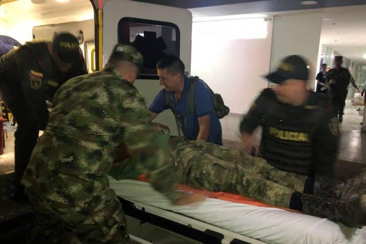 Resultado de imagen para atentado del eln soldados
