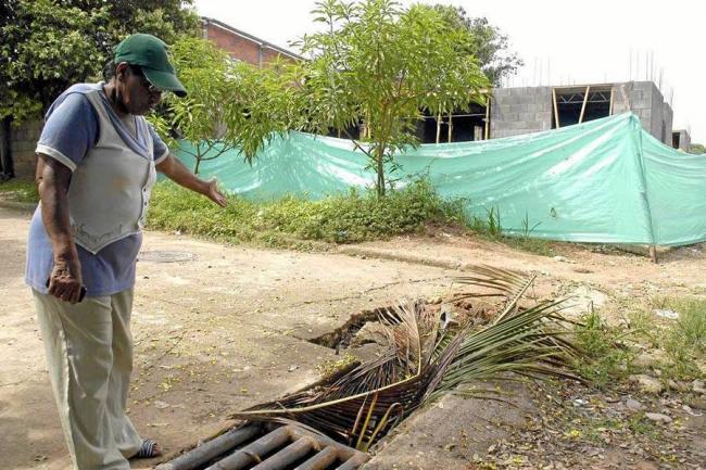 Comunidad de Fundadores pidi reparar sumideros de aguas