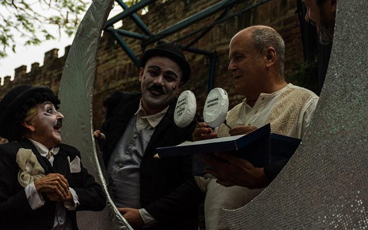 Evocación a Chaplin en homenaje a Armando Morales.