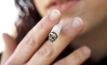 Smoking cigarettes won't protect you from the coronavirus