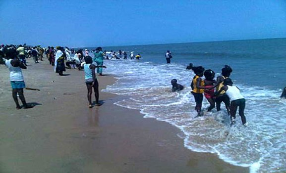 File photo: *Holiday makers at the Bar Beach.