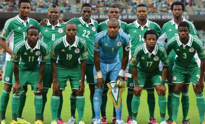 Nigerian players pose prior to the 2013 African Cup of Nations semi-final football match Mali vs Nigeria on February 6, 2013 in Durban. (LtoR, up to bottom) Nigeria's midfielder John Obi Mikel, (Nigeria's forward Brown Ideye, Nigeria's defender Kenneth Omeruo, Nigeria's forward Emmanuel Emenike, Nigeria's defender Godfrey Oboabona, Nigeria's defender Efe Ambrose, Nigeria's midfielder Victor Moses, Nigeria's forward Sunday Mba, Nigeria's goalkeeper Vincent Enyeama, Nigeria's midfielder Ogenyi Onazi, Nigeria's defender Elderson Echiejile AFP PHOTO