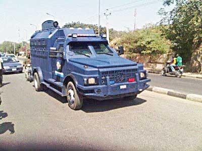 BREAKING: Gunmen attack bullion van conveying cash from Enugu to Ebonyi - Vanguard