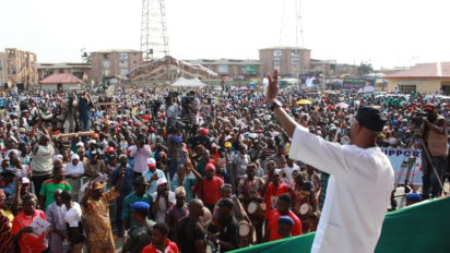 •The Alliance for Democracy(AD) Governorship Candidate in Ondo State, Chief Olusola Oke addressing crowd of his supporters during the grand finale rally of his party in Akure on Tuesday