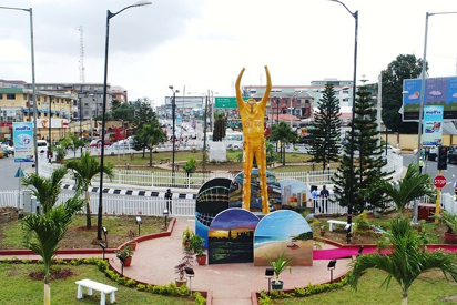 Why we pulled down Fela's statue —Lagos govt - Vanguard
