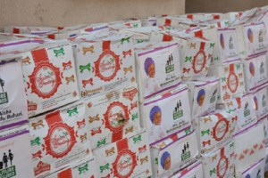 Yuletide: Politician distributes wrappers, food items to widows in Nasarawa