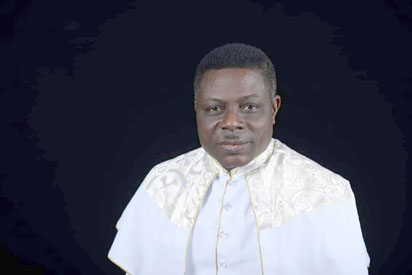 Let's sanction pastors blessing looters' funds  — Primate Turton