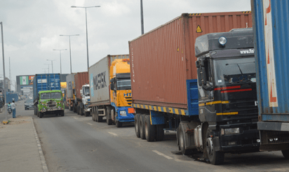 Lagos traffic team impounds 200 trucks, as gridlock persists along Oshodi-Apapa expressway