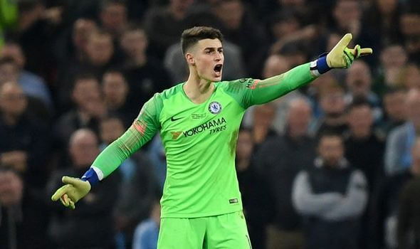 'Kepa get in the bin'- Angry Chelsea fans rip into goalie