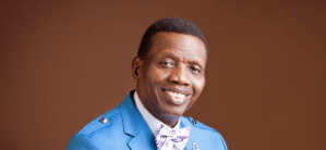 Buhari Felicitates with Pastor Adeboye at 78