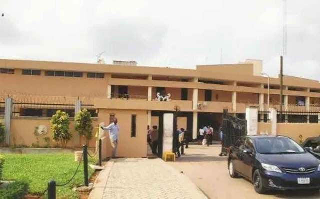 Edo 2020: Seventeen lawmakers hold session urges freezing of assembly account