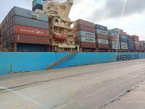 Ships port