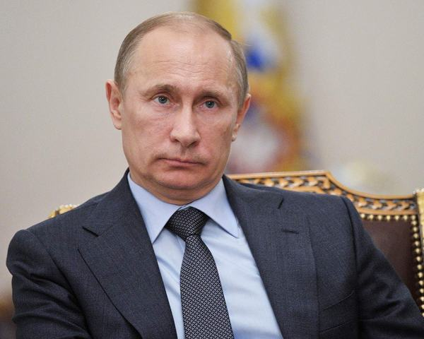 Russian government resigns as  Putin proposes changes