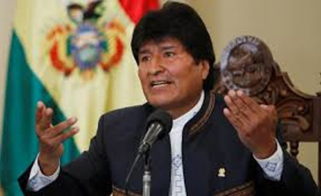 Bolivia's Morales accepts political asylum in Mexico