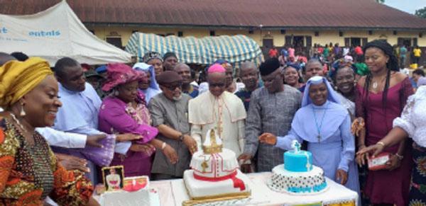 Excitement as Archbishop Okeke celebrates  66th birthday with Onitsha prison inmates