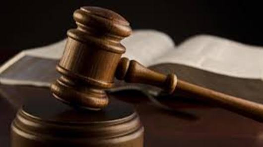 Two docked for allegedly stealing from patients at clinic