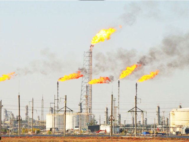 Gas flare: Group urges FG to up penalties on IOCs