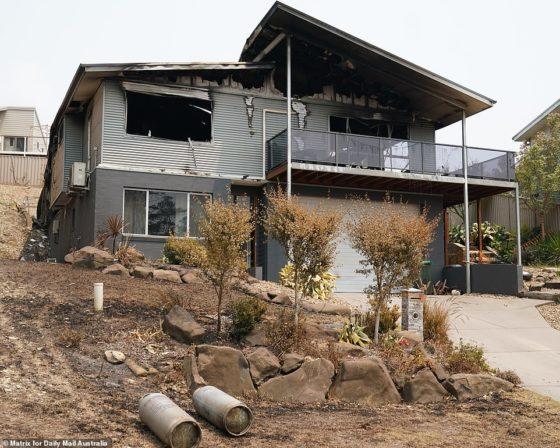 Australian town in ruins after catastrophic bushfires