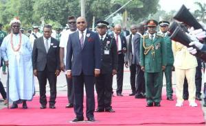 Gov Emmanuel, soldiers
