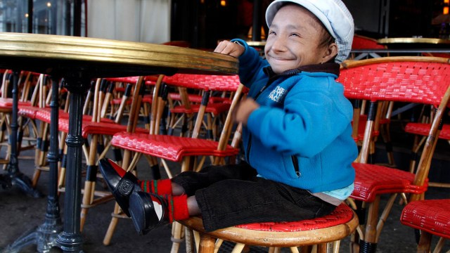 World's shortest man from Nepal dies at 28