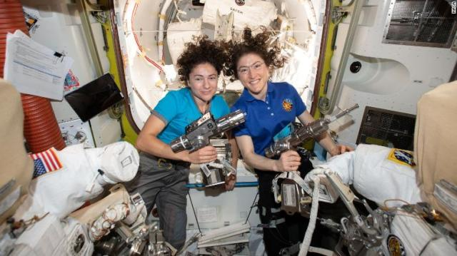 US astronaut lands on earth after 328 days in space