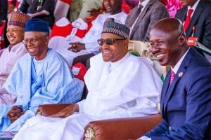Buhari praises EFCC on corruption fight