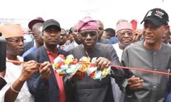 Lagos govt. inaugurates 11 roads, classrooms in Bariga - Vanguard