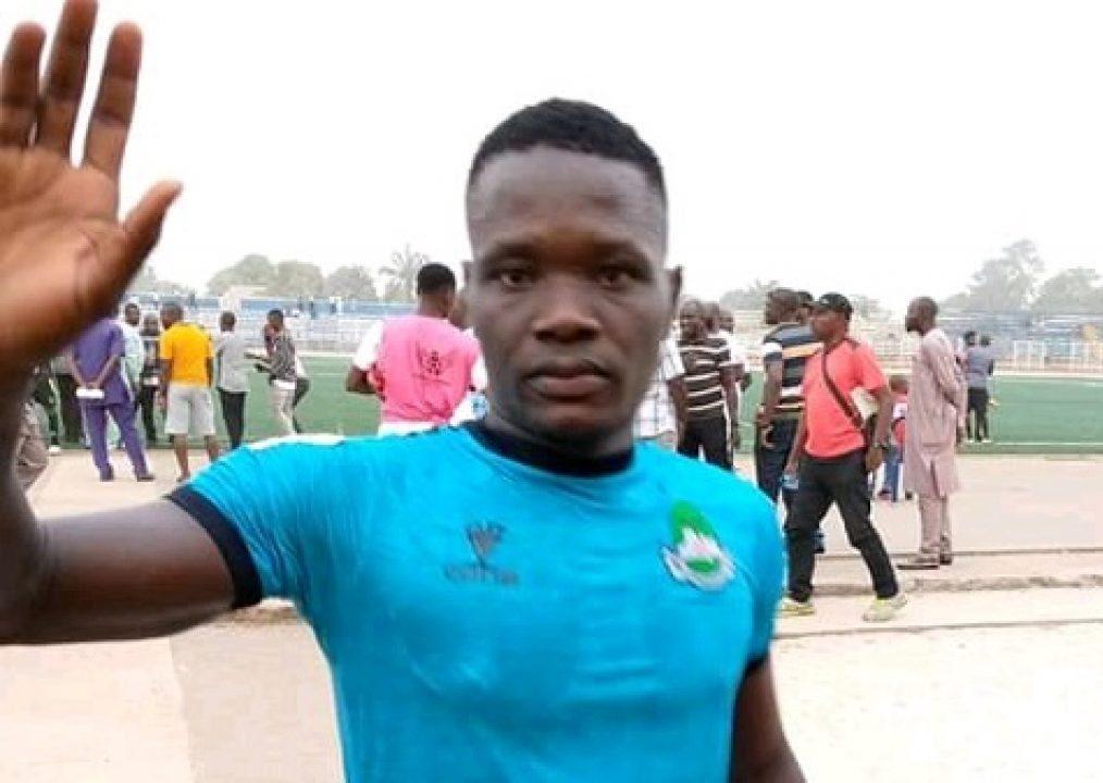 Nigerian player slumps, dies during league match