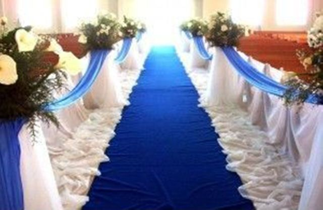 Groom walks out on bride during church wedding