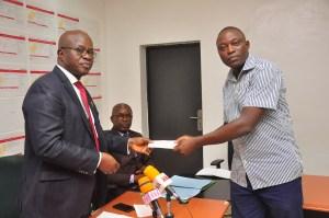 Contributory Pension Scheme: Obaseki presents N6.97m to families of deceased civil servants