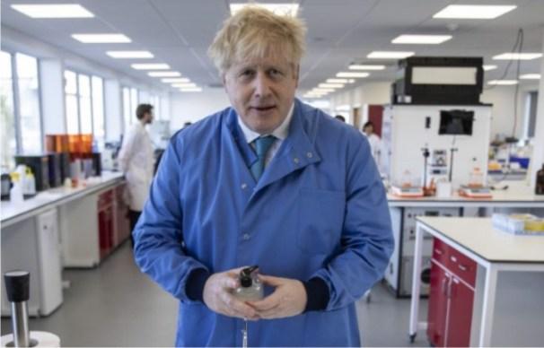 UK govt boosts vaccine funding as daily coronavirus deaths fall